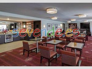 Hotel and Restaurant trabajadores se necesita