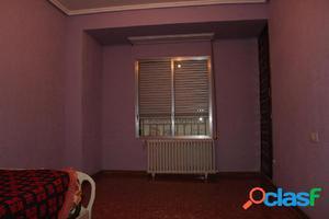 Maravillo piso muy bien distribuido en el centro de Tauste.