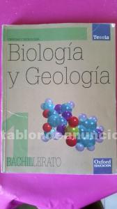 Se venden libros de texto de 1º de bachillerato