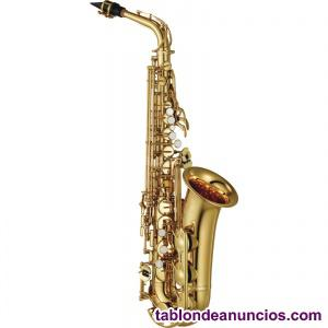 Se ofrecen clases de saxofón y lenguaje musical