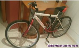 Bicicleta montaña la vendo