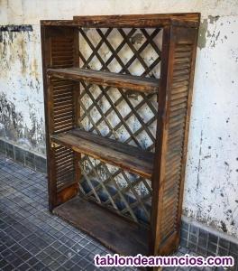 Librería, estantería de madera