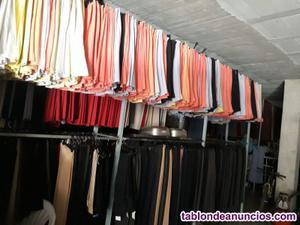 Liquidación de pantalones, faldas y blusas de señora.