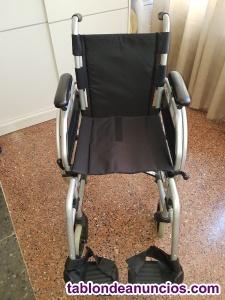 Se vende silla de ruedas nueva y andador