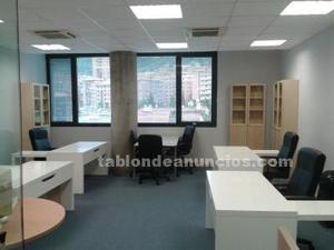Vendo mesas de escritorio y armarios de oficina