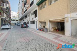 ¿Buscas un local en Granada para almacén o para garaje,