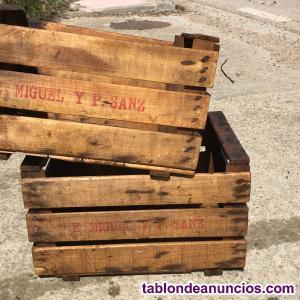 Cajas de fruta antiguas