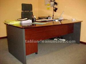 Mesa de despacho, con cajonera y silla
