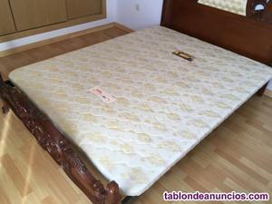 Se vende colchón y base tapizada pikolín de 150x190