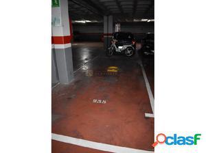 Plaza de garaje en alquiler en Fuengirola centro.