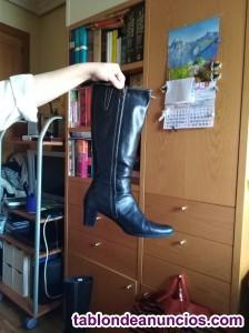 Vendo botas piel caña alta negras sra nº 41