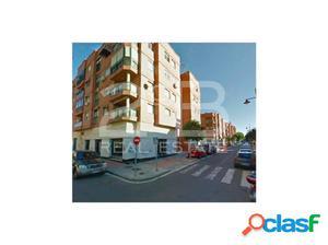 Local comercial, en el término municipal de Almería, en