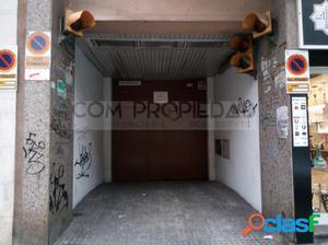 Plaza de Parking subterráneo en Zona Mercadona de Metge
