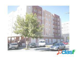 Venta de piso en valdepasillas con 4 dormitorios, plaza de