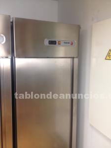 Se vende armario de refrigeración fagor
