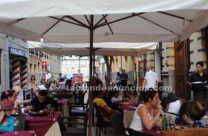 Traspaso pizzería-restaurante junto a plaza de toros