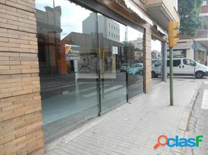 LOCAL COMERCIAL CANTONER EN EL CENTRE - MOLT VISIBLE!!!