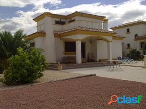 New build, key ready villa with roof terrace in Hondón de