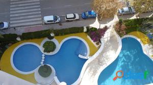Apartamento de 1 dormitorio con piscina y parking