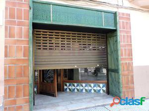 Local comercial en Avd. Cosculluela