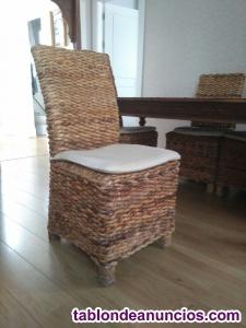 Vendo mesa de comedor de teka labrada y sillas