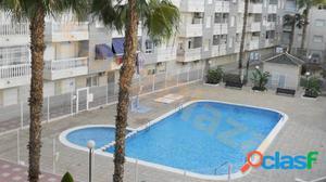 Apartamento 2 dormitorios, piscina comunitaria, garaje y