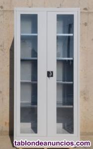 Armario metálico de ocasión con ventanas