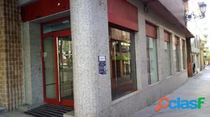Local Comercial esquina en Avd Gadea