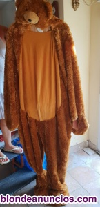 Dos trajes de oso