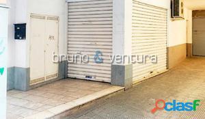 EN VENTA LOCAL COMERCIAL EN EL CENTRO DE EL VENDRELL