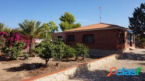 Gran oportunidad en San Vicente!! Casa con terreno y hermoso