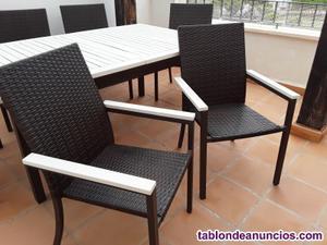 Mesa de jardín y 6 sillas