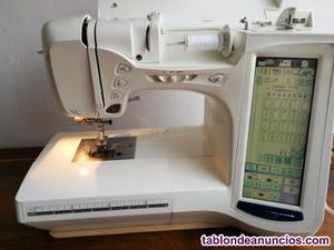 Máquina de coser y bordar electrónica