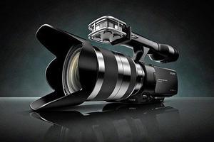 Vendo cámara de vídeo Sony NEX-VG20 Full HD en perfecto