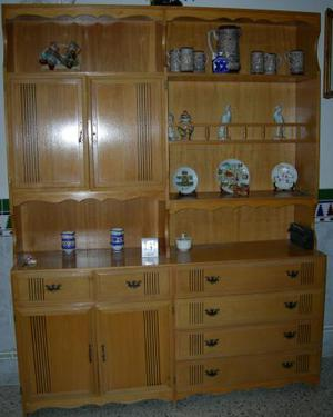 VENDO MUEBLE SALON DE MADERA, COLOR MIEL.