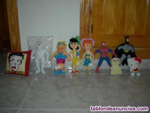 Vendo muñecos y cojin. Betty boop, michelin, pablo marmol,