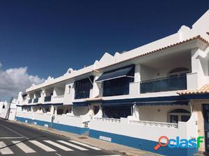 Estupendo apartamento al lado de la Playa de Puerto Lajas,