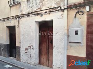 Gran casa para reformar a la venta en Alfafara!
