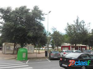 LOCAL EN PLANTA BAJA EN LA ZONA CALATRAVA DE BURRIANA