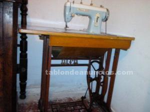 Maquina de coser sigma de pedal con mueble alfa