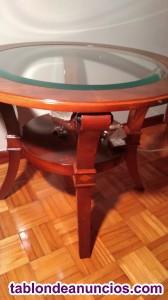 Mesa redonda de madera con cristal