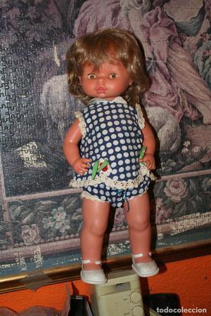 antigua muñeca de famosa ojos margarita
