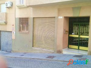 SE VENDE LOCAL COMERCIAL EN BARRIO DE LOS ANGELES