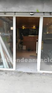 Se vende local en barcelona