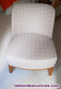 2 sillones individuales en estado prácticamente nuevos.