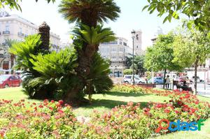 Edifico Residencial al lado de la Plaza del Ayuntamiento