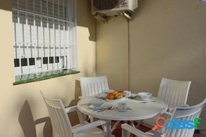 Fantástica casa en alquiler junto a la playa en Mijas