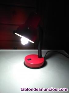 Lámpara de escritorio con bombilla bajo consumo incluida
