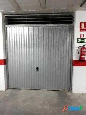 GARAJE CERRADO EN LA CALLE SAN JULIAN, ZONA PARQUE DE LAS
