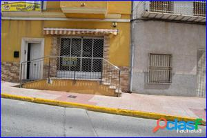 Se vende local comercial en Abanilla